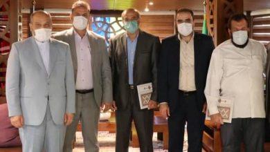 تصویر از رؤسای هیئت های والیبال و بسکتبال منطقه آزاد قشم منصوب شدند