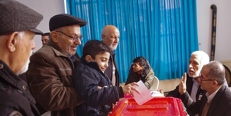 تصویر از صحت انتخابات حوزه مرکزی بندرعباس تایید شد