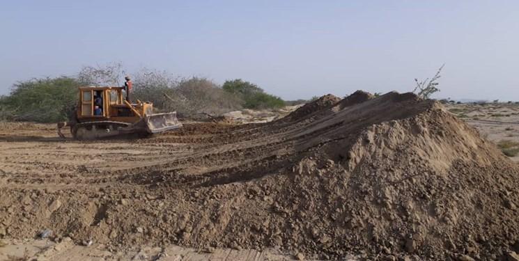 تصویر از آغاز عملیات تعمیر کانال «سد شیخی» قشم با اعتبار ۲.۵ میلیارد ریال