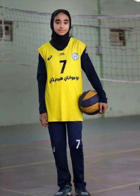 تصویر از راهیابی والیبالیست قشمی به تست استعدادیابی تیم ملی نوجوانان