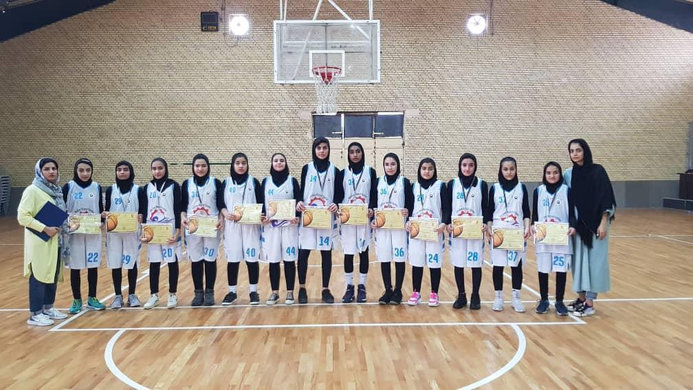 تصویر از تیم بسکتبال دختران نوجوان قشم نایب قهرمان استان شد