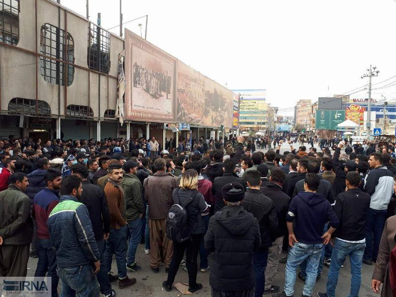 تصویر از آخرین اخبار اعتراضات درکردستان عراق / درخواست به جریان افتادن حکم جلب مسعود بارزانی